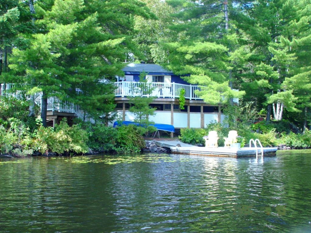 Cottage #234 for Rent on Kahshe Lake near Gravenhurst in ...