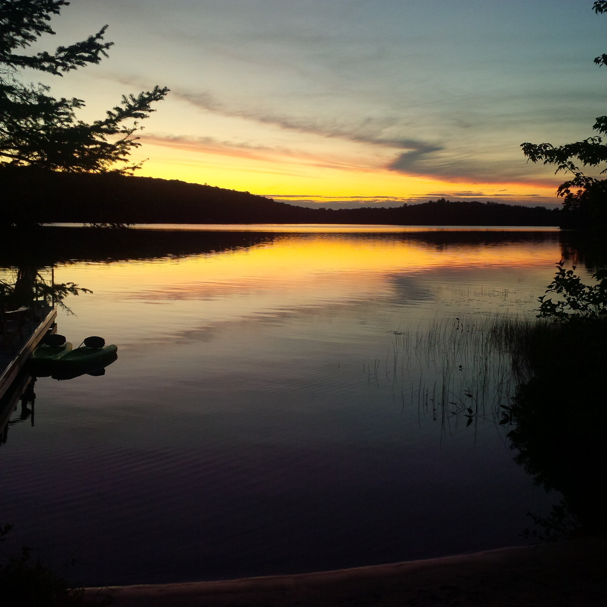 Mill Lake Cottage Rentals: Cottage #303 For Rent On Echo Lake Near Baysville In