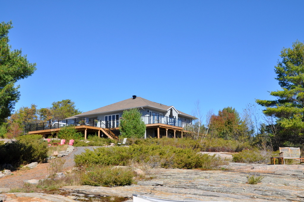 Cottage 718 for rent on georgian bay near parry sound in for Georgian bay cabin rentals