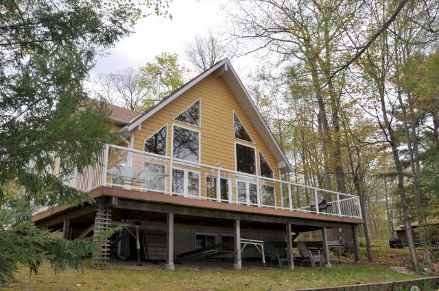 Prime Cottage 241 For Rent On Morrison Lake Near Gravenhurst In Download Free Architecture Designs Scobabritishbridgeorg