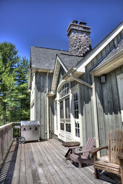 Luxury Muskoka Cottage For Rent On Sparrow Lake Near